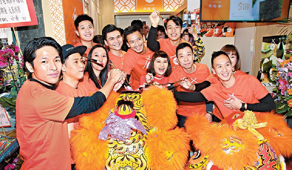 ■吳日言有份投資的飯糰便當店,今年初開幕。