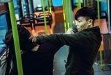 《九龍不敗》突顯香港特色 陳果搭建1比1輕鐵 張晉陳鈺芸激鬥反車