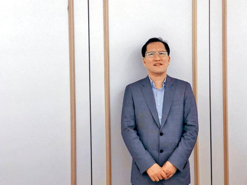 胡正表示,計畫至2021年,再增加1至2個40萬噸生產基地。