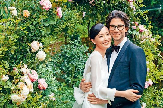 ■Emmanuel得知法拉來自香港,即請求朋友介紹,造就兩人一見鍾情。