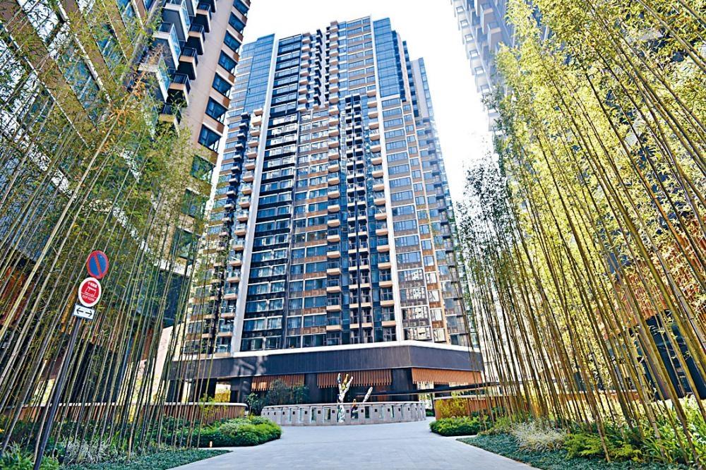 北角柏蔚山高層單位,成交價6938萬,創項目新高。