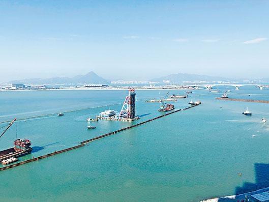 ■東涌填海工程將原來兩米厚的疏水層減為一米,可將所需機砂大減一半。