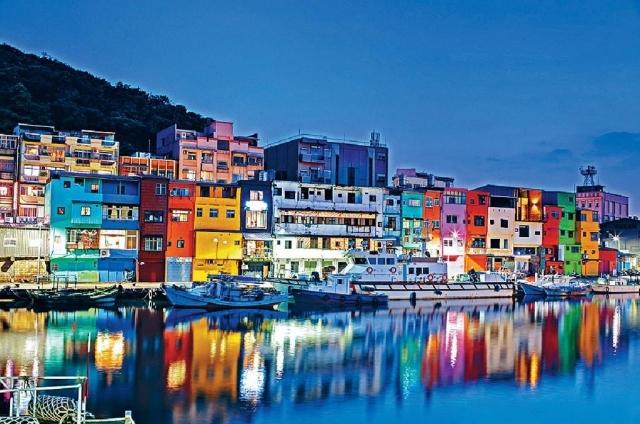 ■基隆市正濱漁港的彩色屋是打卡熱點。