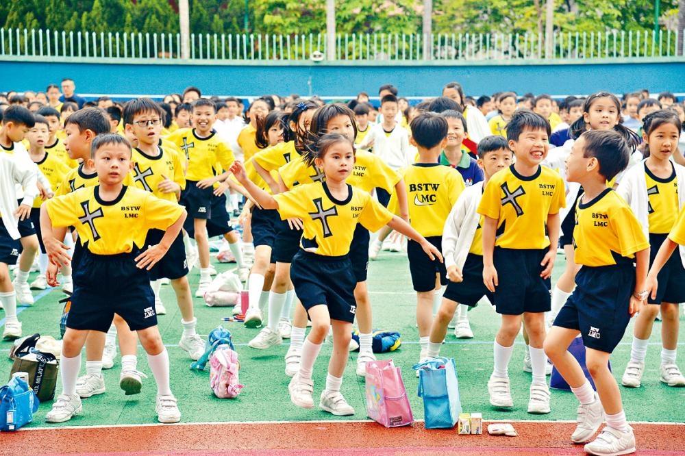 沙田區三個校網的學生人數多於學額數目,課室整體使用率近百分百。