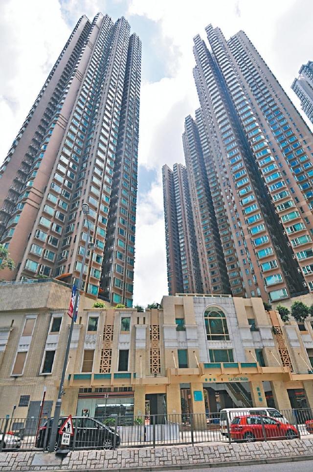 ■將軍澳新寶城4座高層,面積644方呎,屬3房1套間隔,吸引同區換樓客承接,成交價980萬。資料圖片