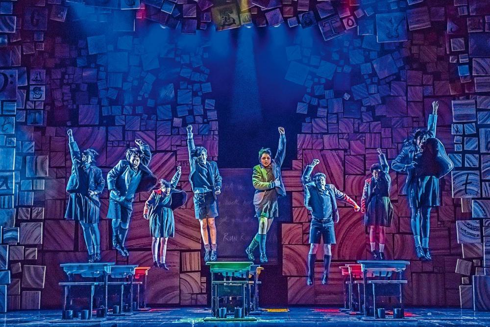 《Matilda音樂劇》有不少小演員演出。