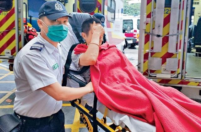 ■其中一名傷者送院治理。
