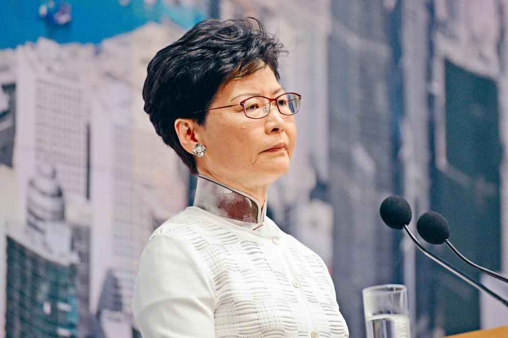 林鄭月娥昨日閉門分批約見多個界別代表,明確表示暫緩修例「實質上等於撤回」。