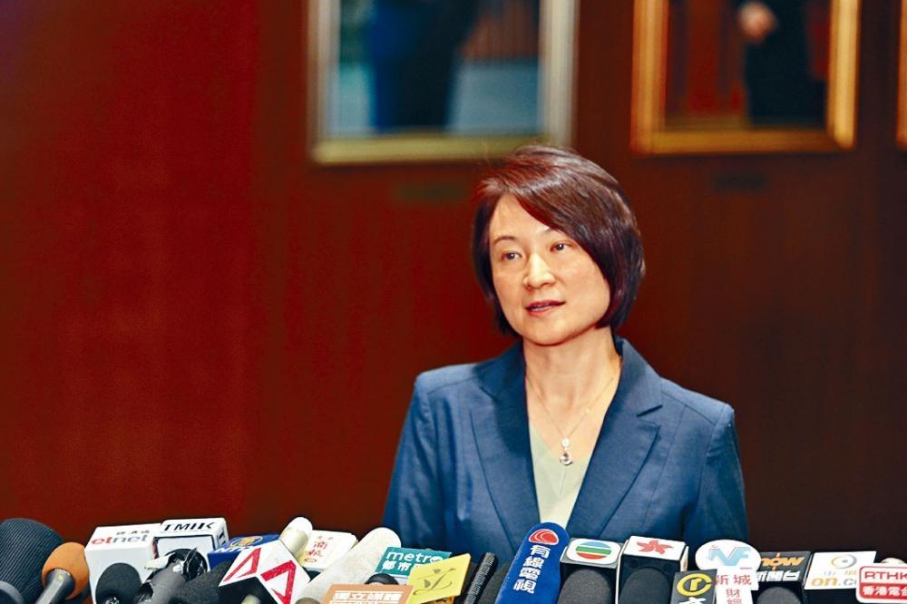 李慧琼表示,建制派接受林鄭月娥道歉。