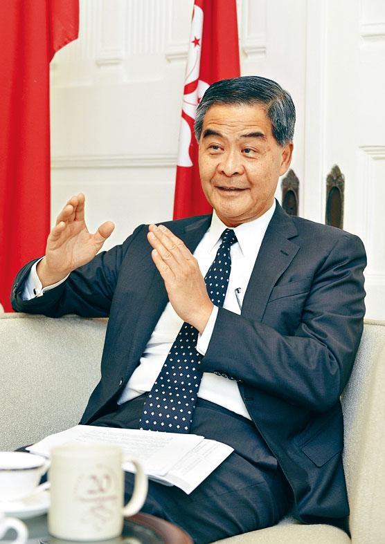 梁振英昨日指出,修例風波重創香港在國外的聲譽。