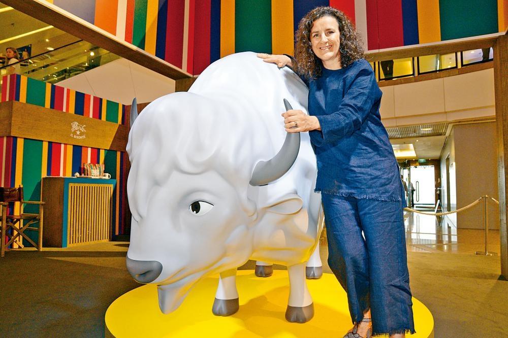 上周品牌發布首部3D卡通,品牌行政總裁Sofia Ciucchi親身來港參與派對活動,場地亦特意擺放巨型野牛作裝飾。