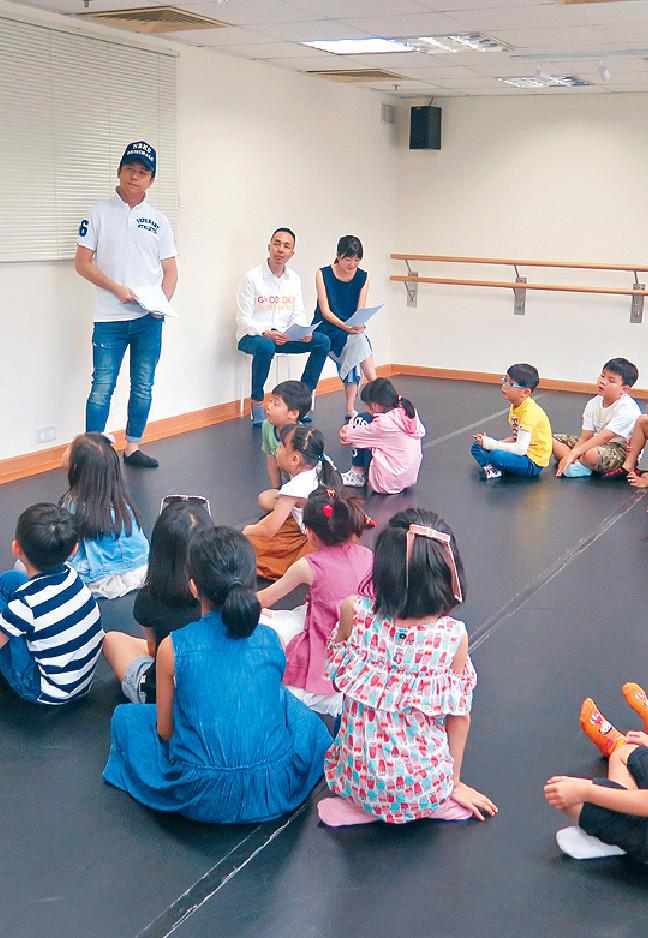 ■子博坦承一班小演員演出,控制場面實在不容易。