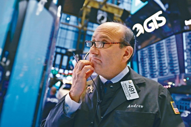 ■市場憧憬聯儲局最快下月減息,美股標指周四創新高。