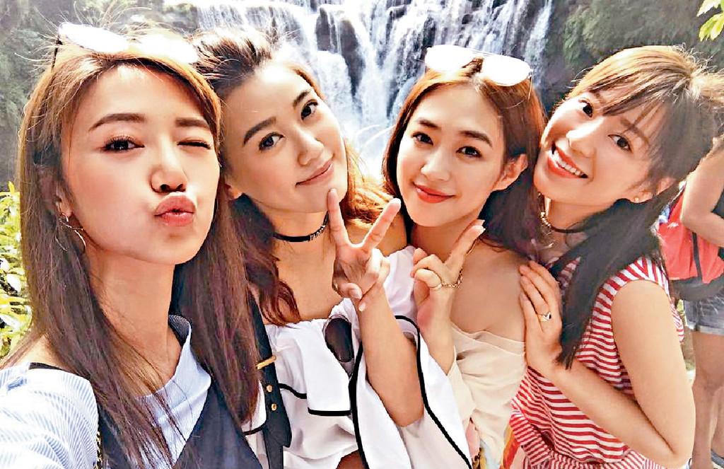■左起:同期出道嘅倪晨曦、朱韻韻、李月和鍾浠文,私下組成Baze Love閨密團,曾開心遊台灣。