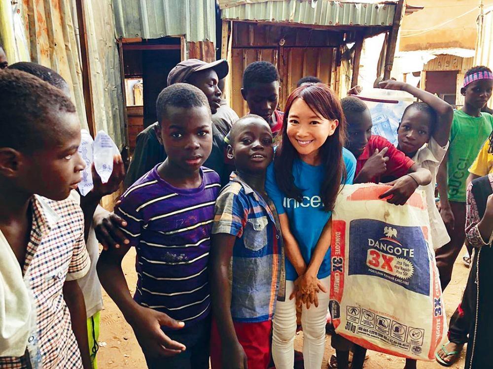 陳美齡分享多張代表聯合國兒童基金會探訪非洲尼日爾的照片。