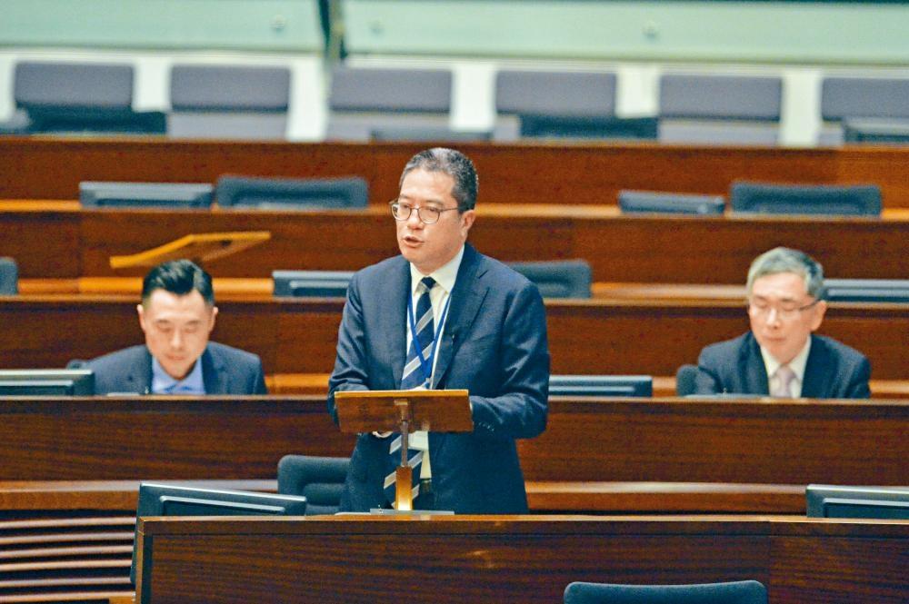 黃偉綸昨證實,政府「需要多一點時間」處理「土地共享先導計畫」的細節。