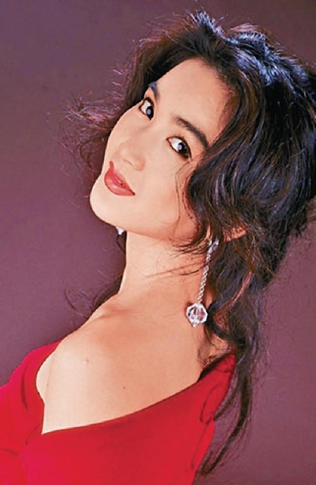 不死海潮 《火玫瑰》是1992年TVB熱播劇, Irene將海潮Look玩到o依家。