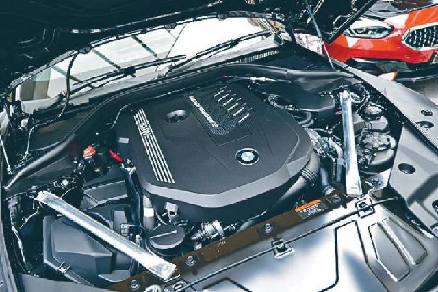 ■M40iA採用3公升直六Turbo引擎,輸出340ps馬力。