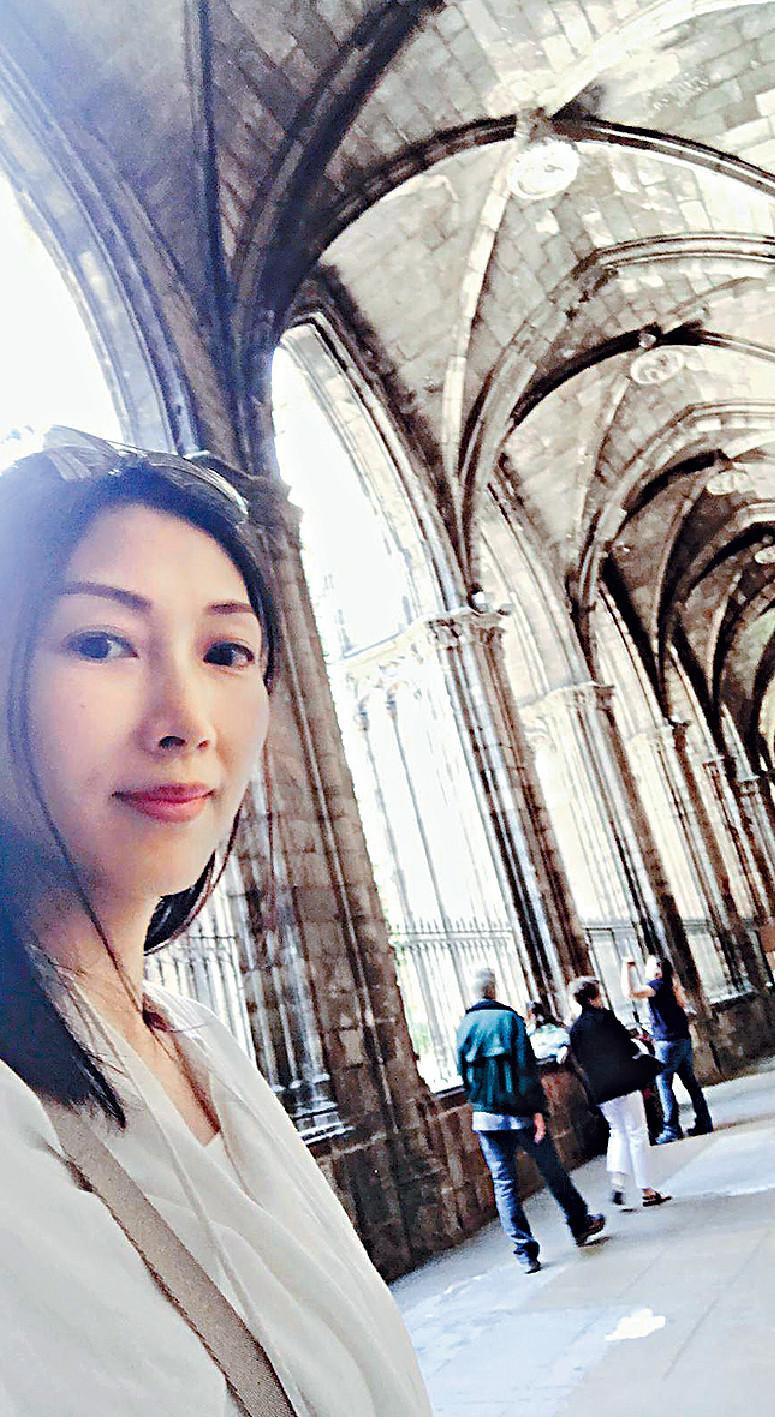 ■丘凱敏到Cathedral of Barcelona參觀,十分壯觀。