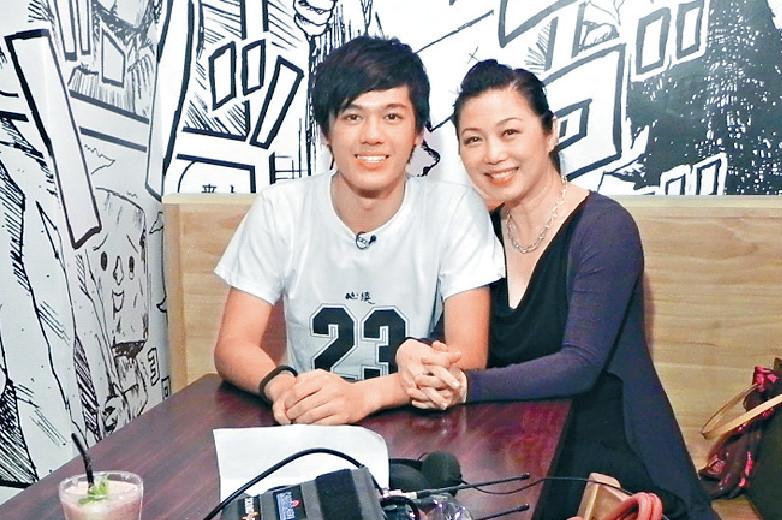 ■江華的26歲大仔Bryan,寧願做護士服務大眾。