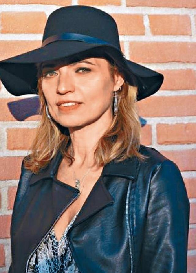 ■瑪莉安‧查芭斯:意大利歌手