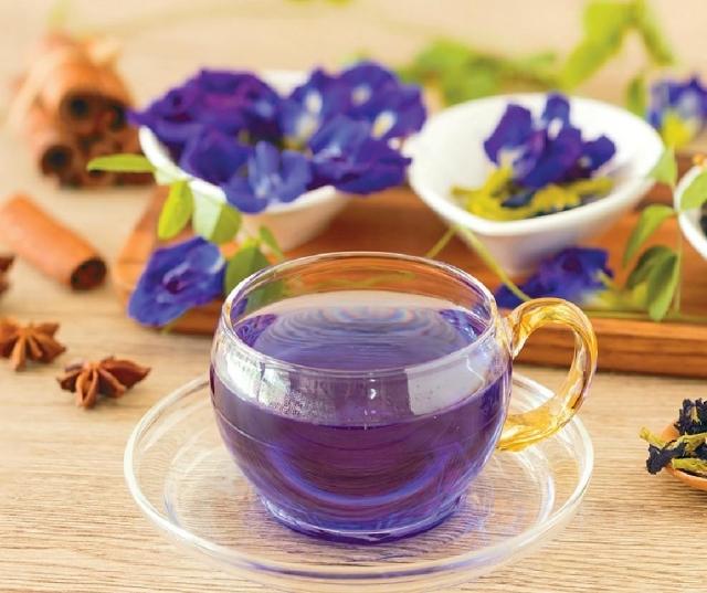 ■蝶豆花茶可紓緩眼睛疲勞,對放鬆情緒有幫助。
