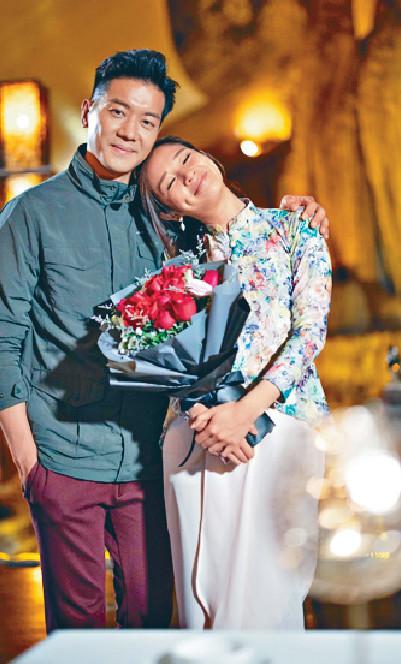 ■黎諾懿安排麥美恩喺一間人生必去的十大餐廳進餐,仲大送紅玫瑰,令Mayanne有dating感覺。