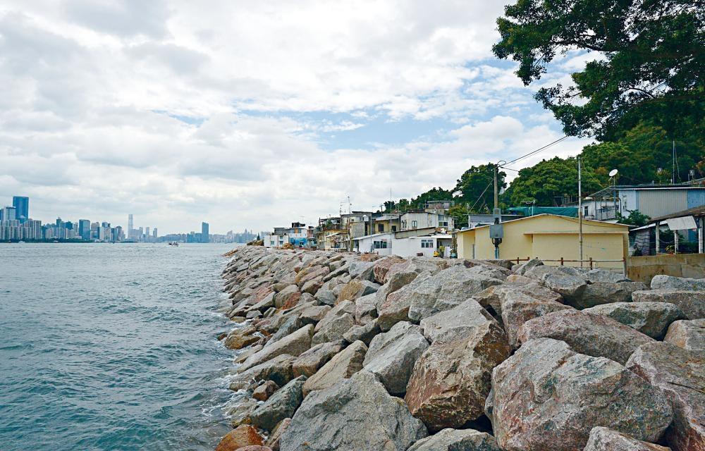 鯉魚門海旁改善計畫有望於二二至二四年期間分階段完成。