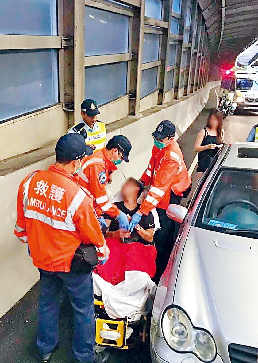 男司機拒絕酒精呼氣測試,在青沙公路棄車奔逃被制服送院。