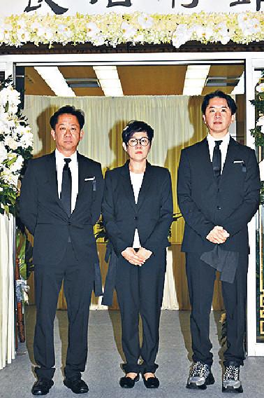 ■兆尊、兆榮和翠玉三兄妹接受傳媒訪問。