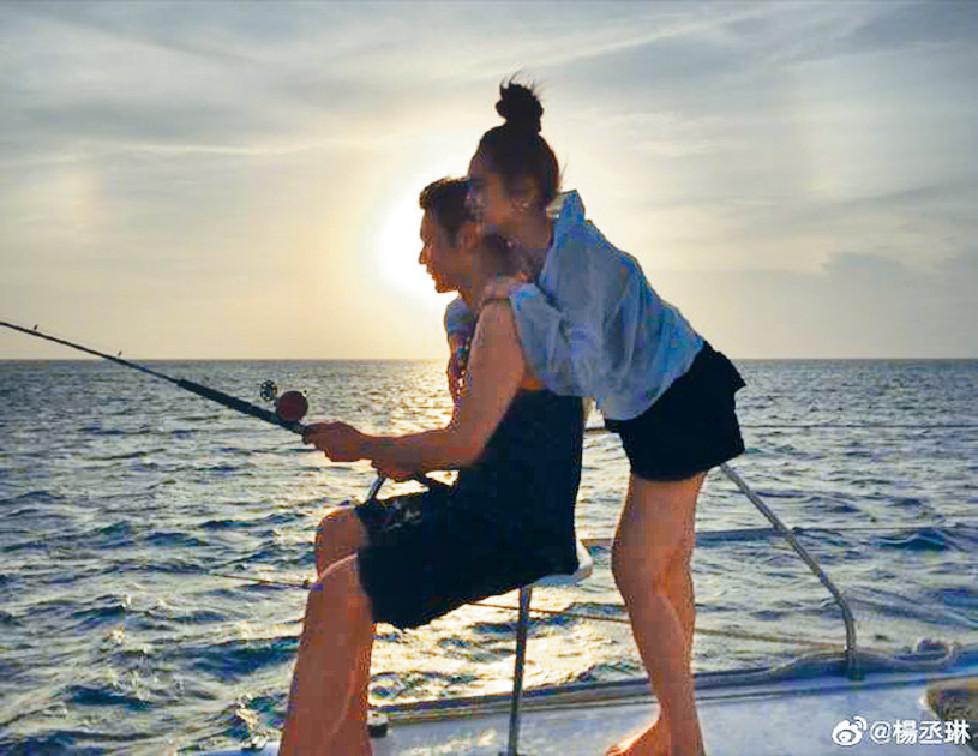 ■楊丞琳為李榮浩慶祝34歲生日。
