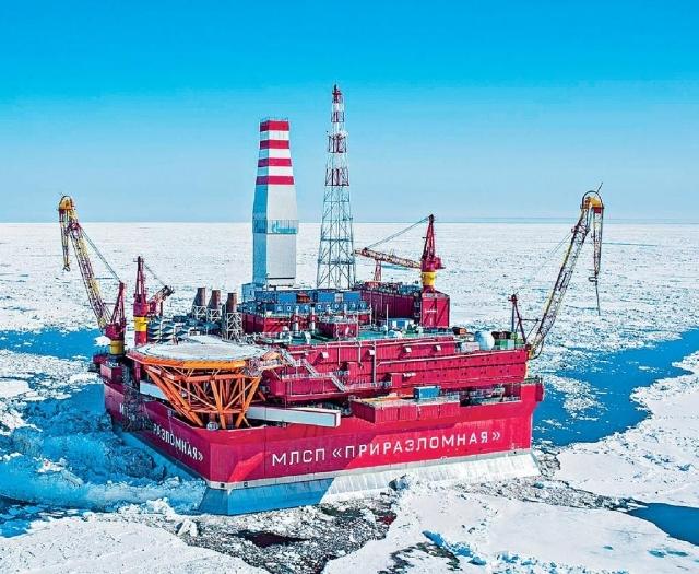 ■位於伯朝拉海的Prirazlomnoye油田,是俄羅斯在北極首個石油開採工程。網上圖片
