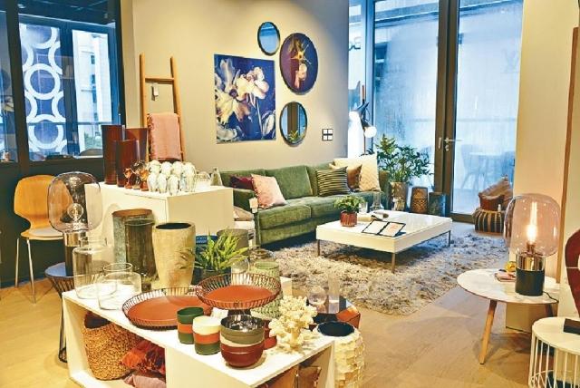 ■周凱瑜表示,北歐簡約的家具設計,較適合本港房屋大小。