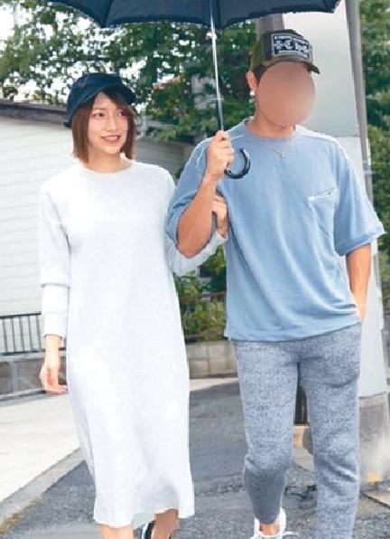 ■後藤真希數月前被爆出軌醜聞後,近日拖丈夫出街,似乎已和好。  網上圖片