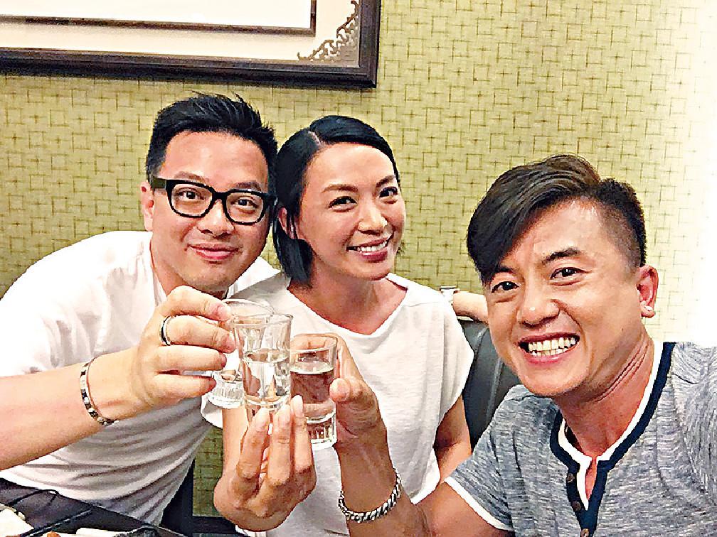 ■陳煒08年與台灣富商顏志行結婚,至12年復出拍劇,前年自爆已離婚5年。