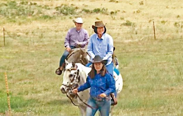 ■蔡英文騎馬體驗美國西部風情。