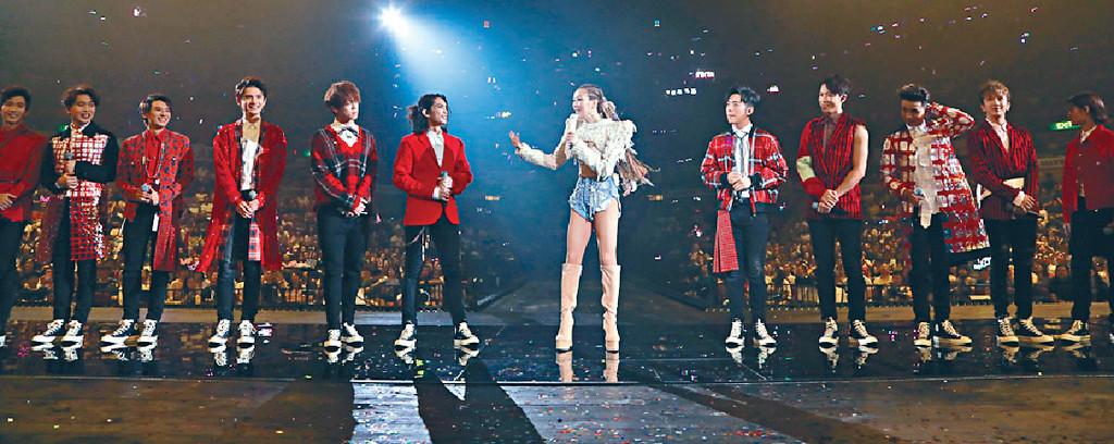 ■Mirror獲鄭秀文邀請擔任演唱會嘉賓,睇到觀眾興奮尖叫。