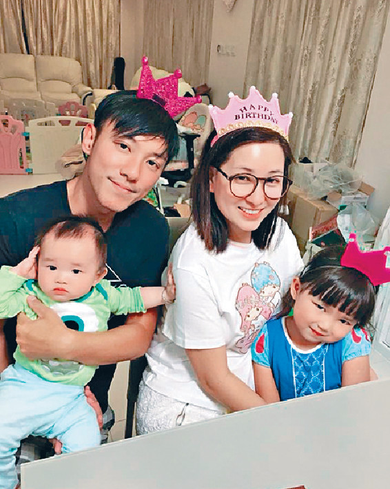 ■太太麥雅緻為康仔生了一對可愛寶貝,長女雅喬5歲,細仔迅橋1歲。