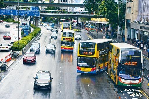 ■新巴城巴表示工資及油價等營運成本持續上升,冀透過調整票價改善財政狀況。