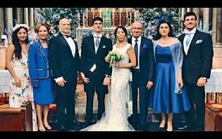 孻女英國舉行婚禮 翁靜晶偕夫盛裝出席