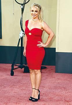 Britney因為舉行巡唱,去年賺近2,000萬港元。