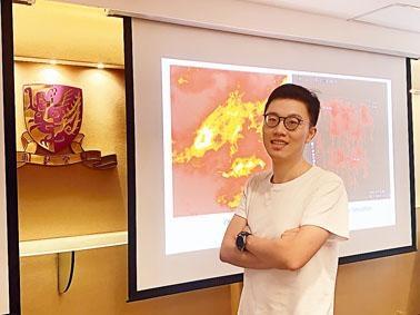 何家偉與美國大學研究團隊合作,成功利用超級電腦模擬星雲誕生過程。