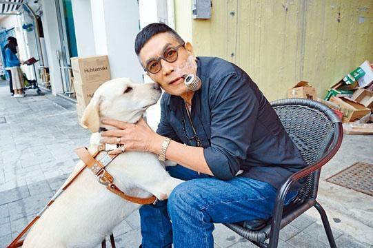 劉永與片中狗狗主角小Q感情甚篤。