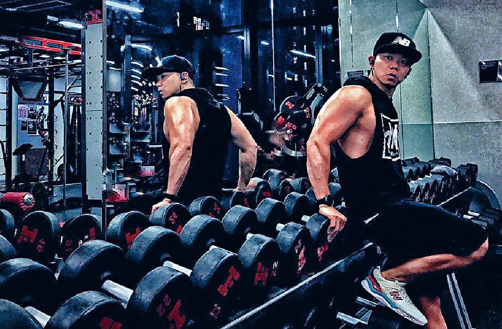 ■最愛流連健身室兼職教gym嘅子善坦言變咗筋肉人。