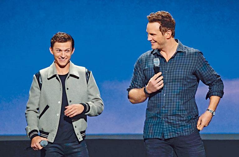 湯姆賀倫(左)與基斯派特出席D23博覽會,湯姆賀倫親證會繼續演蜘蛛俠。