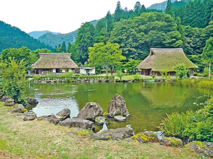 茅葺房屋充滿岐阜縣的特色。