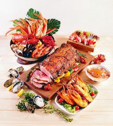 ●The Place的自助餐包羅各式海鮮及扒類,菜式多元化,讓客人大飽口福。