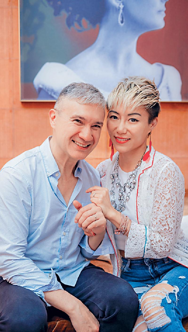 ■陳鈺芸與未婚夫Anthony早前在港選購婚戒。