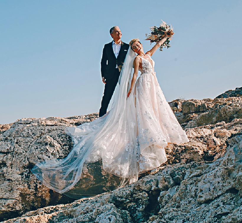 ■陳鈺芸與Anthony早前在塞浦路斯影婚照。
