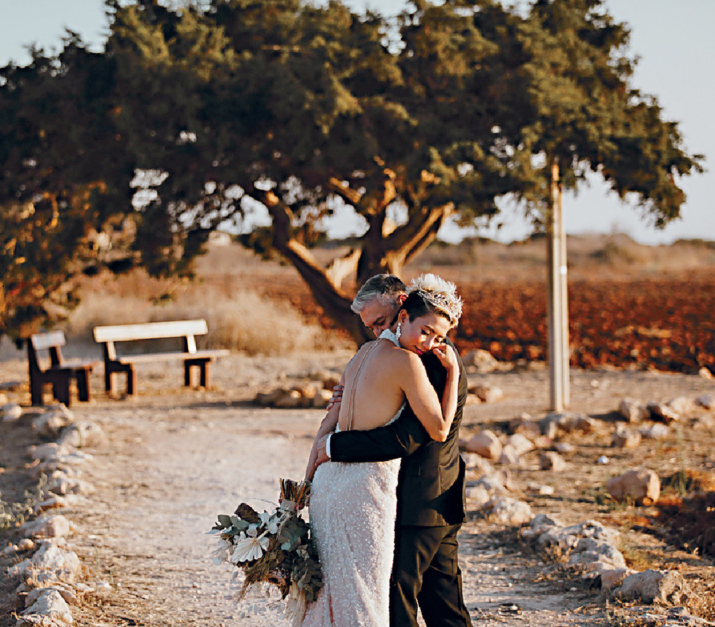 ■陳鈺芸表示婚照由當地著名攝影師Loukas Karamanos操刀,角度靚又有藝術感。